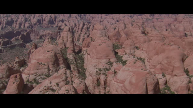 aerial, rocky mountains, utah, usa - ユタ州点の映像素材/bロール