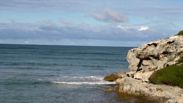 ws rocky outcrop at arniston beach / arniston/ western cape/ south africa - outcrop stock videos & royalty-free footage