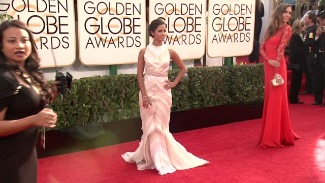 rocsi diaz at the 71st annual golden globe awards arrivals at the beverly hilton hotel on in beverly hills california - アトモスフィア点の映像素材/bロール