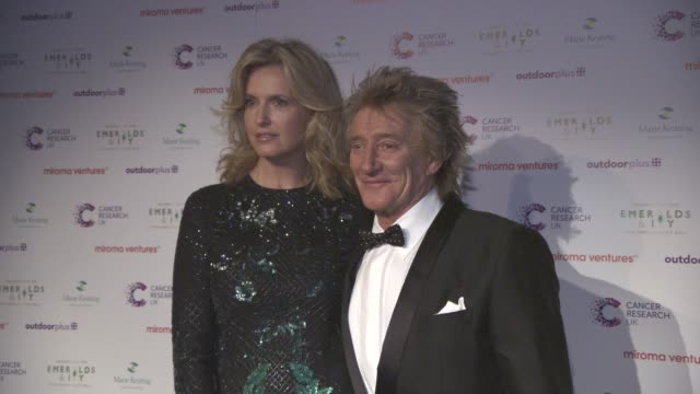 rod stewart and penny lancaster at emerald's ivy ball at emerald's ivy ball at victoria embankment gardens on december 05, 2015 in london, england. - rod stewart stock-videos und b-roll-filmmaterial