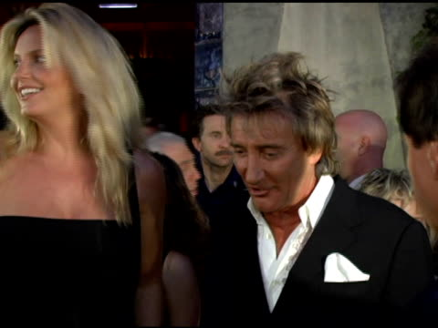 rod stewart and penny lancaster at the cnn celebration of 20 years with larry king at spago in beverly hills, california on october 6, 2005. - rod stewart stock-videos und b-roll-filmmaterial