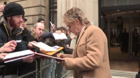 rod stewart at celebrity video sightings on march 21, 2013 in london, england - rod stewart stock-videos und b-roll-filmmaterial