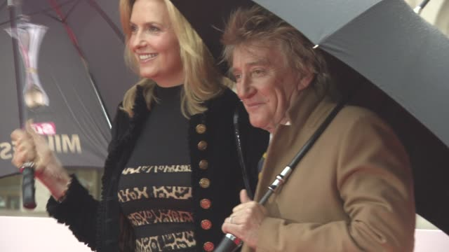 rod stewart,penny lancaster at the sun military awards lunch on january 22, 2016 in london, england. - rod stewart stock-videos und b-roll-filmmaterial