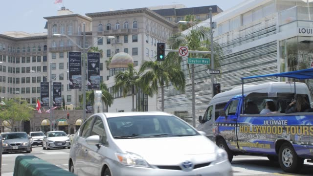 stockvideo's en b-roll-footage met rodeo drive, beverly hills, los angeles, la, california, united states of america, north america - dubbeldekker bus