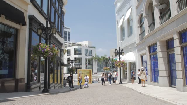 rodeo drive walk of style, rodeo drive, beverly hills, los angeles, la, california, united states of america, north america - beverly hills stock-videos und b-roll-filmmaterial