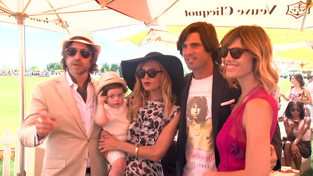 roger berman skyler berman rachel zoe nacho figueras and delfina blaquier at the fifth annual veuve clicquot polo classic on 6/02/2012 in new york ny... - 動物を使うスポーツ点の映像素材/bロール