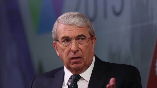 roger carr chairman of bae systems plc takes part in a panel discussion during bloomberg lp's uk europe debate in london uk on thursday april 9 2015 - leitende person stock-videos und b-roll-filmmaterial