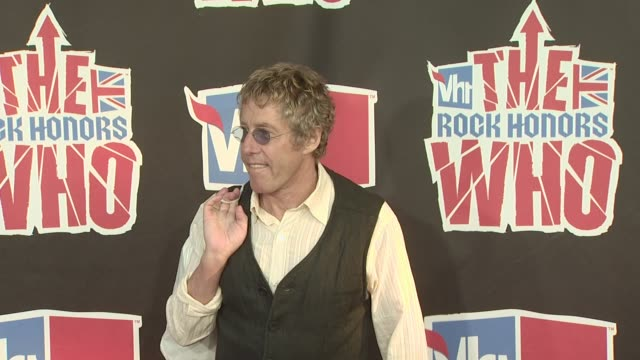 roger daltrey at the vh1 rock honors at los angeles ca. - roger daltrey stock-videos und b-roll-filmmaterial