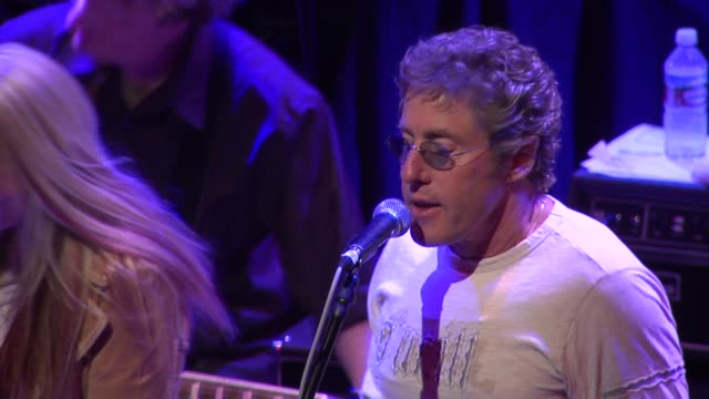 roger daltrey of the who at the rock n roll fantasy camp to benefit the teenage cancer trust at the house of blues in los angeles, california on... - roger daltrey stock-videos und b-roll-filmmaterial