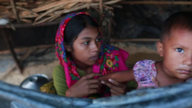 cox's bazar bangladesh november 28 rohingya children fled from ongoing military operations in myanmar's rakhine state leading life inside refugee... - bangladesh stock videos & royalty-free footage