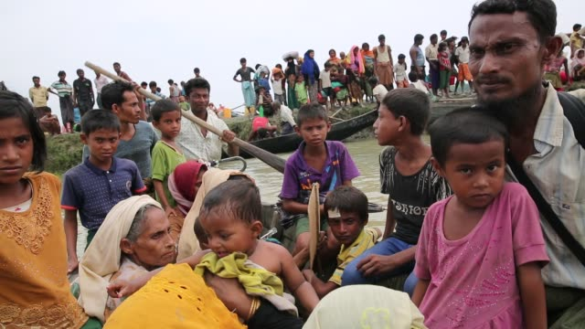 cox'sbazar bangladesh september 26 rohingya muslims fled from ongoing military operations in myanmar's rakhine state cross the maungdaw border of... - journalist stock videos & royalty-free footage