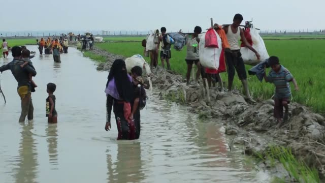 cox's bazar bangladesh september 03 rohingya muslims who fled their homes due to the ongoing operations conducted by myanmar's security forces in... - cox's bazar stock videos & royalty-free footage