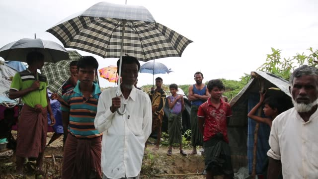rohingya people fled from ongoing military operation in myanmar rakhain state entered bangladesh and staying in no man's land in coxs bazar in... - cox's bazaar stock videos and b-roll footage