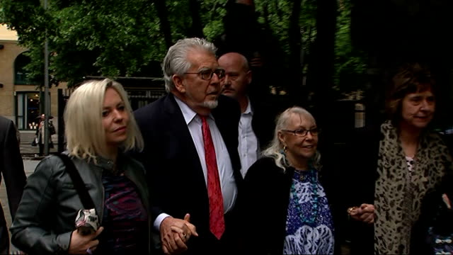 harris admits to having a 'dark side' england london southwark crown court photography *** rolf harris along towards court with his wife alwen hughes... - rolf harris stock videos and b-roll footage