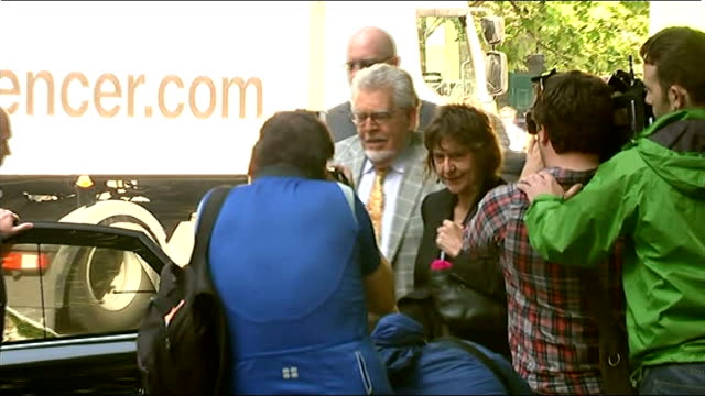 alleged victim gives evidence england london southwark crown court photography *** rolf harris arriving at court with daughter bindi - bindi stock videos and b-roll footage