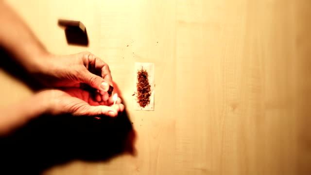 ローリング、ジョイント:追加の樹脂 - マッチ箱点の映像素材/bロール