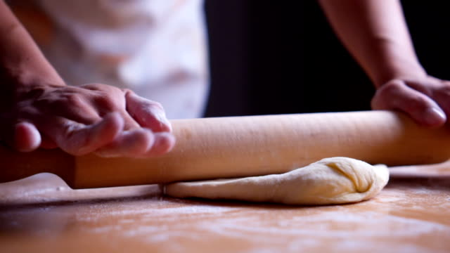 rolling dough - rolling pin stock videos & royalty-free footage