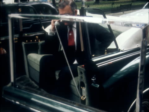vídeos de stock, filmes e b-roll de rolls royce 'phantom vi' car this story is held on film and cannot be restored from the dam r emblem pull out 'phantom 6 cms tv screen pull out... - rolls royce