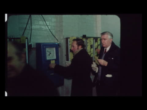 rolls royce workers clock in as part of the 3 day week:; england: hertfordshire: leavesden: int bv male workers clock in at 7:50am shop floor cbv a... - week video stock e b–roll