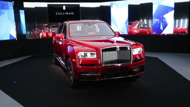 rollsroyce motor cars ltd officially enters offroad territory by launching the cullinan sport utility vehicle in chichester uk on tuesday march 202018 - rolls royce stock videos & royalty-free footage