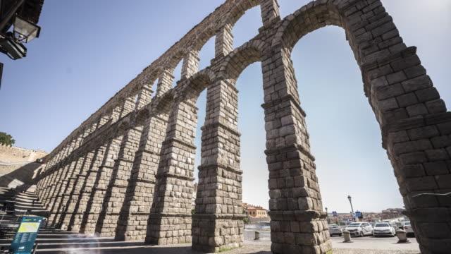 roman aqueduct 1  (unesco world heritage site) - pueblo bonito stock videos & royalty-free footage