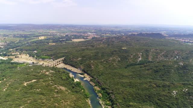 aerial roman aqueduct bridge the pont du gard - viaduct stock videos & royalty-free footage