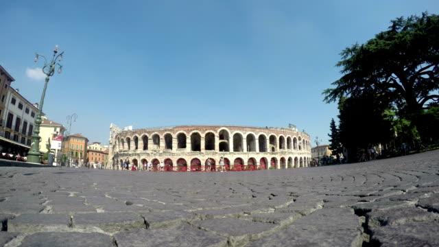 römischen arena in verona - amphitheater stock-videos und b-roll-filmmaterial