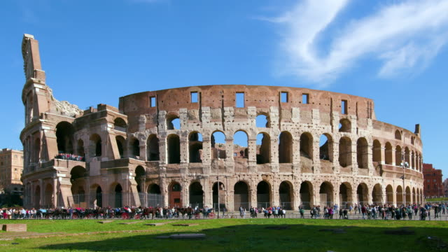roman colosseum, rome, italy - bogen architektonisches detail stock-videos und b-roll-filmmaterial