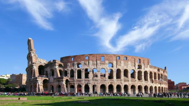 vidéos et rushes de roman colosseum, rome, italy - rome antique
