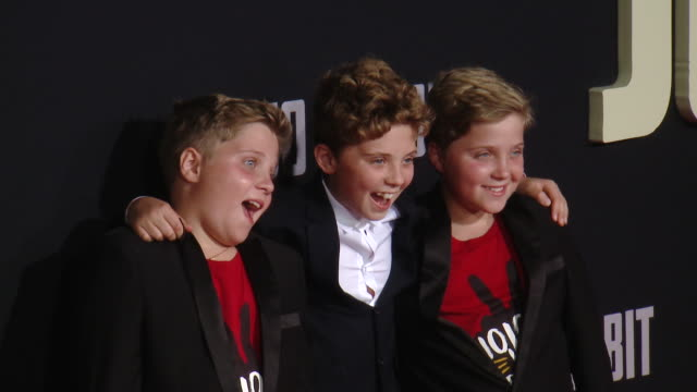 """roman griffin davis hardy griffin davis gilby griffin davis at the """"jojo rabbit"""" los angeles premiere presented by fox searchlight pictures in los... - fox searchlight pictures stock videos & royalty-free footage"""