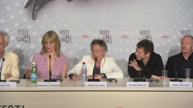 stockvideo's en b-roll-footage met interview roman polanski on gender equality at 'venus in fur' press conference on may 25 2013 in cannes france - roman polanski