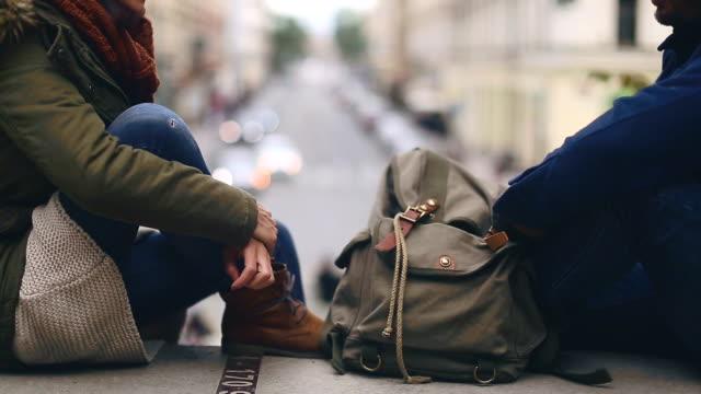 romance on traveling - peluria del viso video stock e b–roll