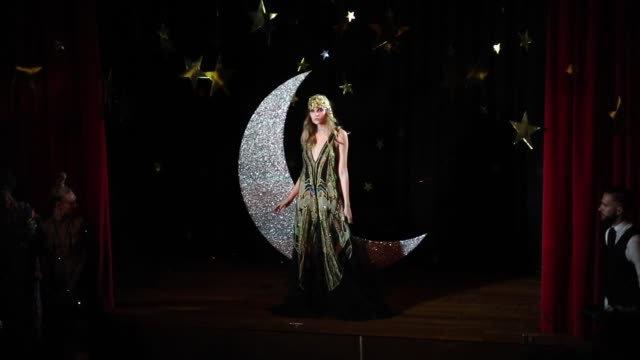 romance was born during the romance was born show at mercedes-benz fashion week resort 19 collections at restaurant hubert on may 15, 2018 in sydney,... - andrew mathers video stock e b–roll