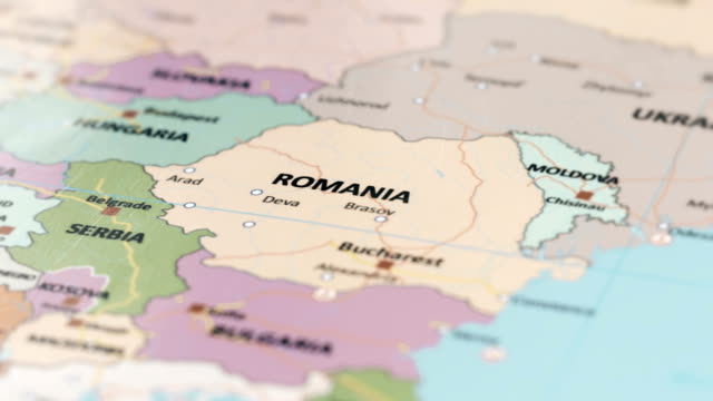 vídeos de stock e filmes b-roll de europe romania on world map - roménia