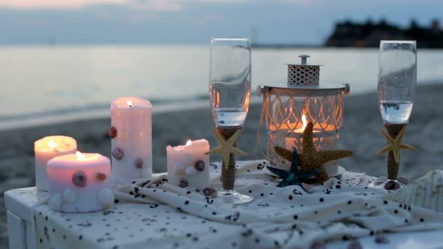 Romantico arredamento sul mare laterale