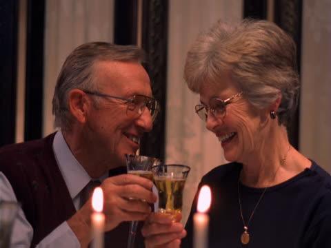 vídeos y material grabado en eventos de stock de romantic dinner for two - artbeats