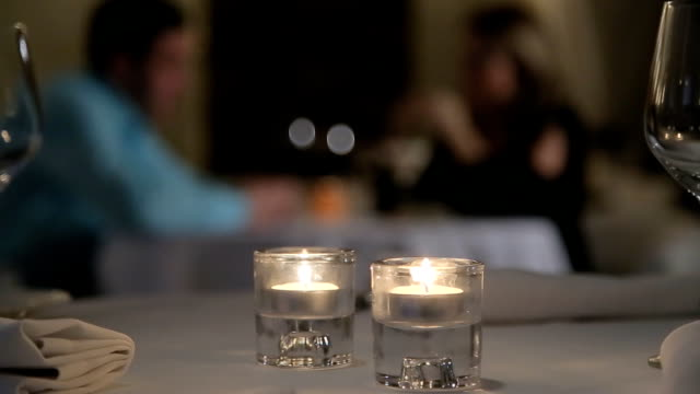 stockvideo's en b-roll-footage met romantic evening - alcohol