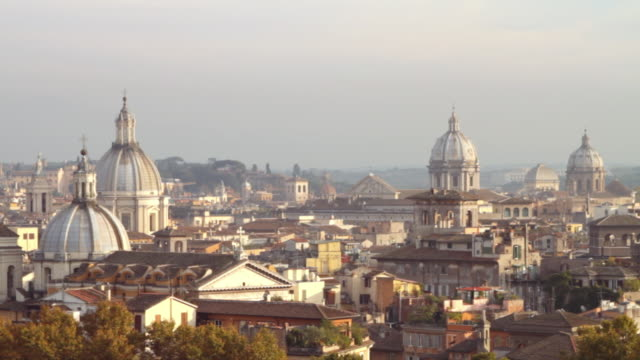 stockvideo's en b-roll-footage met rome aerial view from castel sant'angelo - rome italië