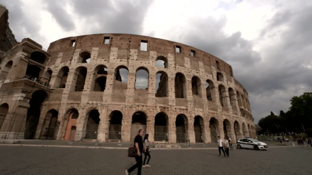 rome colosseum - cars parked in a row stock videos & royalty-free footage