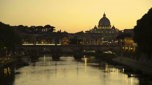 ローマ スカイライン - サンピエトロ寺院点の映像素材/bロール