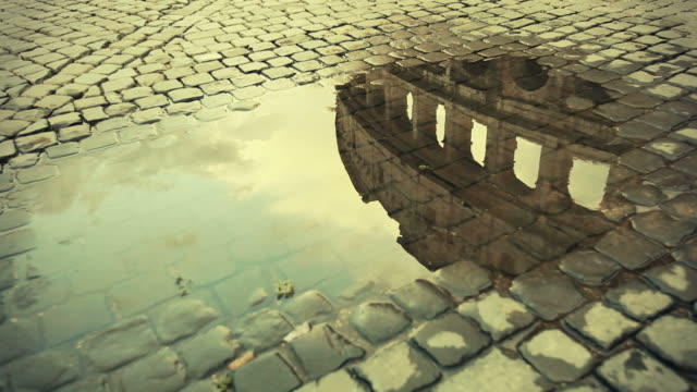 rome water reflections: the colosseum - ancient rome stock videos & royalty-free footage