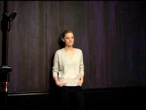 romola garai of 'rory o'shea was here' at the 2005 hp portrait studio presented by wireimage at hp portrait studio in park city utah on january 26... - romola garai stock videos & royalty-free footage