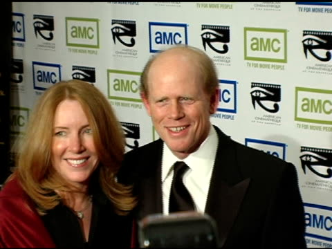 vídeos de stock, filmes e b-roll de ron howard and wife cheryl at the 19th annual american cinematheque award honoring steve martin at the beverly hilton in beverly hills california on... - ron howard