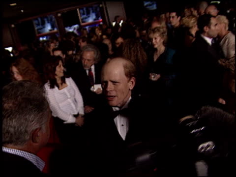 vídeos de stock, filmes e b-roll de ron howard at the dga director's guild of america awards at the century plaza hotel in century city california on march 2 2003 - director's guild of america