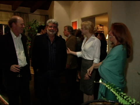 vídeos de stock, filmes e b-roll de ron howard george lucas renee zellweger and cheryl howard crew at the in the face of jinn release party at private residence in pacific palisades... - george lucas