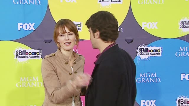 ron livingston and rosemarie dewitt at the 2006 billboard music awards at the mgm grand hotel in las vegas nevada on december 4 2006 - mgm grand las vegas stock videos & royalty-free footage
