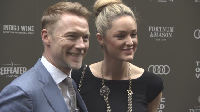 ronan keating, storm keating at the old vic 199 summer party at the brewery on june 13, 2017 in london, england. - ローナン・キーティング点の映像素材/bロール