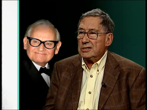 vidéos et rushes de ronnie barker dies david nobbs interview sot very few quick actors can do it quickly and subtly he was one of those very crisp and brilliant delivery... - ronnie barker