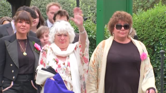 south london ext david walliams arriving for ronnie corbett's funeral jimmy tarbuck and rob brydon anne corbett waving wreath with pair of spectacles... - jimmy tarbuck stock videos & royalty-free footage