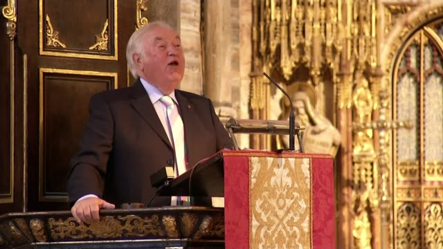 ronnie corbett service of thanksgiving at westminster abbey westminster abbey ronnie corbett service of thanksgiving int wide shot of service/ jimmy... - ronnie corbett stock videos & royalty-free footage